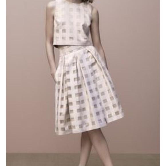Eliza J Dresses   Skirts - NWOT Eliza J midi skirt 6c372e342